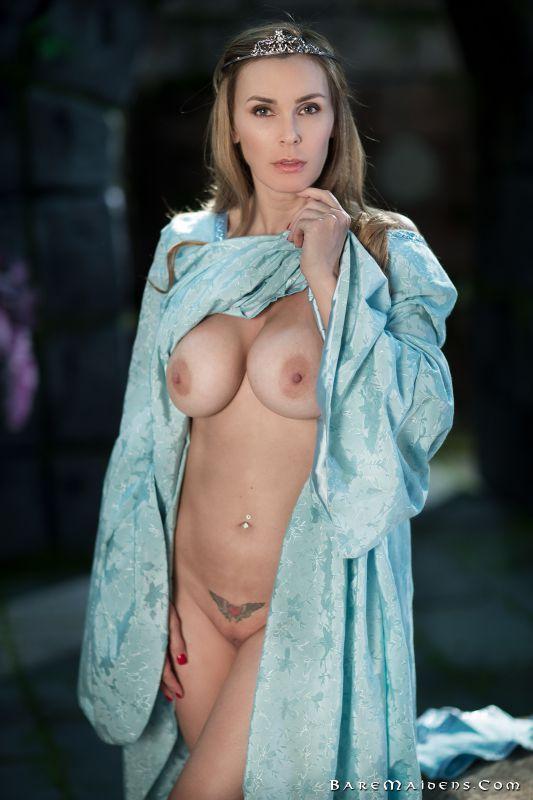 Tanya of Karsh - Unwelcome Guest (x78)