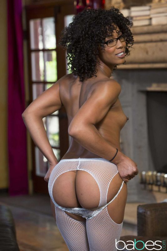 Misty Stone - The Sessions Part 6 | 140x | 2495px | Sep 07, 2018