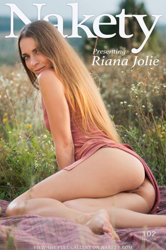 Presenting Riana Jolie 102 pics (10-10-2018)
