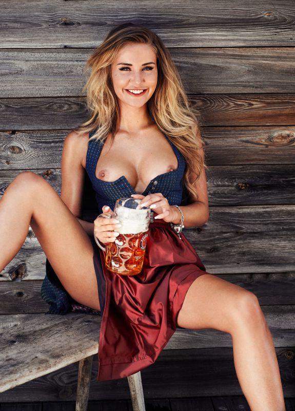 Julia Prokopy - Playboy Germany x35 2700px (10-06-2018)