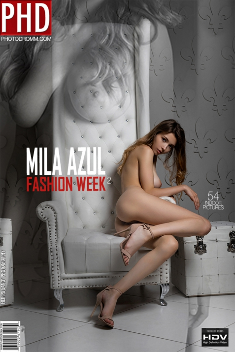 Mila Azul - Fashion Week 2 - 54 pictures - 3000px (8 Oct, 2018)