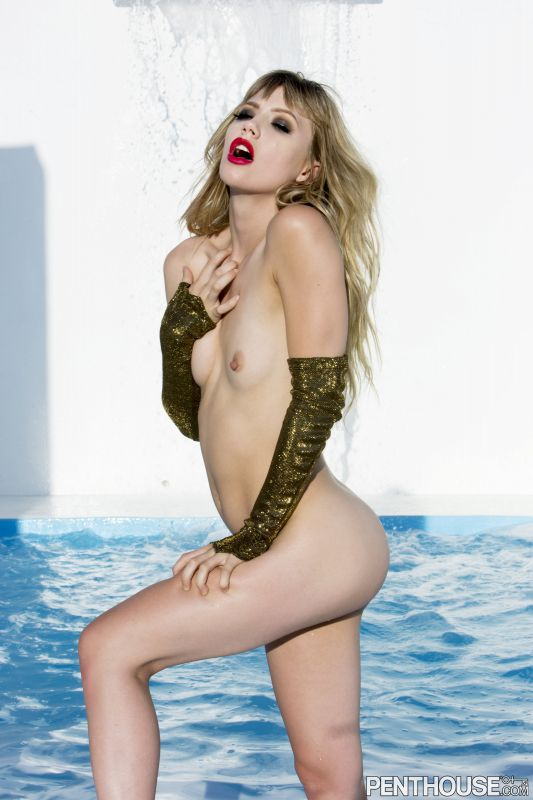 Ivy Wolfe - Sparkling Splash 100718 1600x1066 66 pics 58 MB