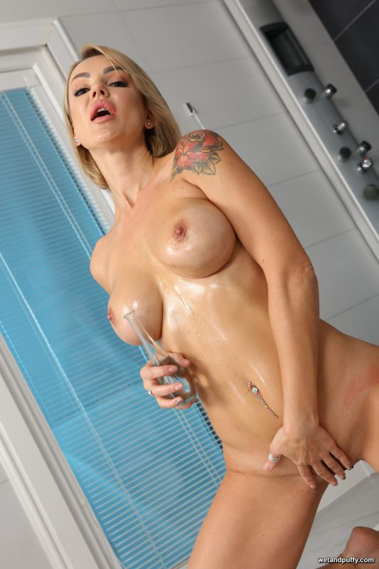 Ellen Milion — Oiled Up Orgasm - 2267x3400 - x97 (Oct 24, 2018)