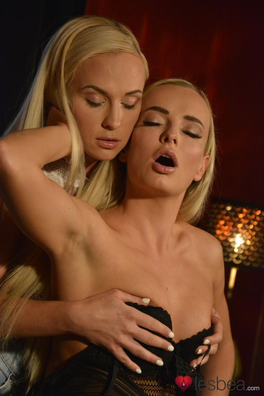 Cristal Caitlin, Victoria Pure - Czech Blondes Slow Intimate Orgasms 151x - 4000px | Nov 11, 2018