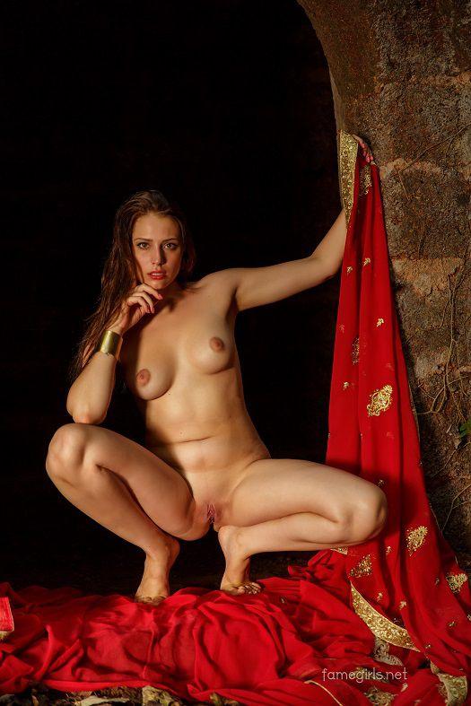 Isabella - Set 114 - x106