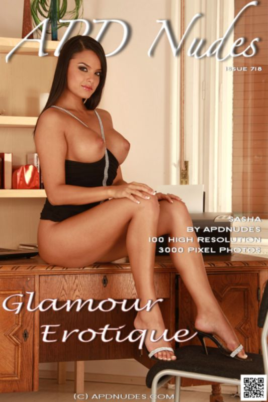 Sasha - Glamour Erotique - 100 images