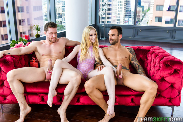 Emma Starletto - Valentines Day Double Dick Down