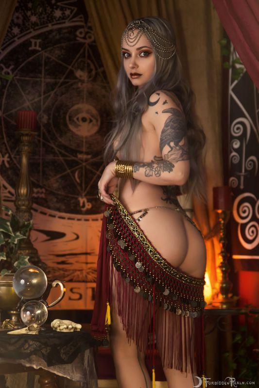 Genevieve - Madame Genevieve 25 pics 09.02.2019