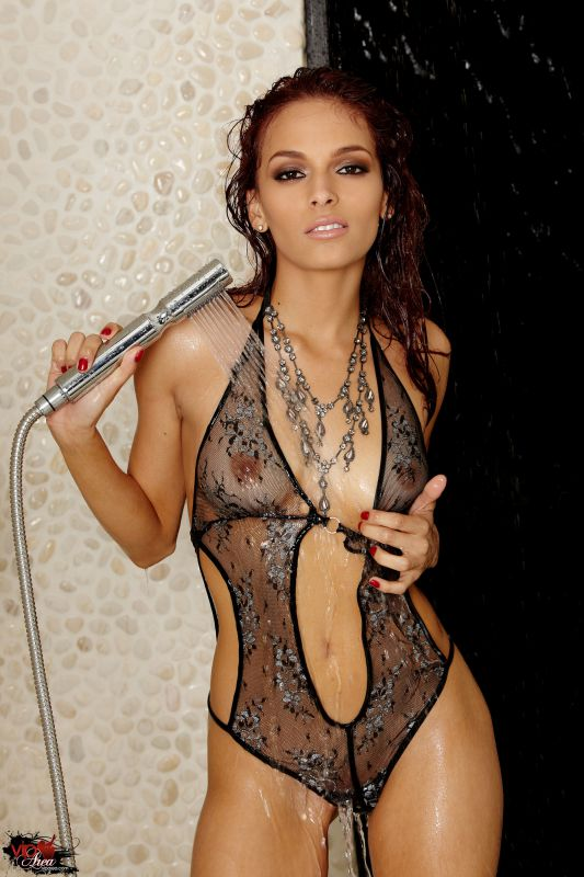 Valerie Rios - Late Night Shower - 2000px - 106X (25-02-2019)