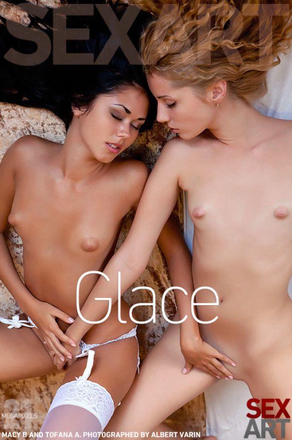 Macy B & Tofana A - Glace (x127)
