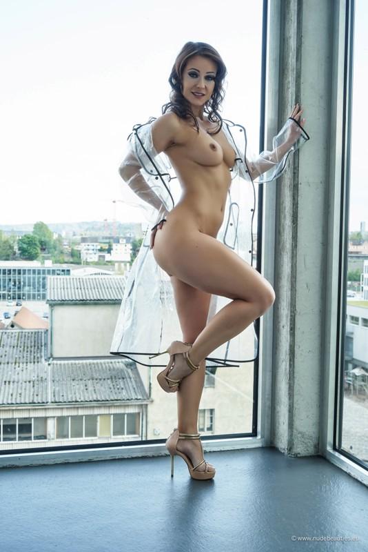 Melisa Mendini - Raincoat part 2 - x70 - 3337x5000