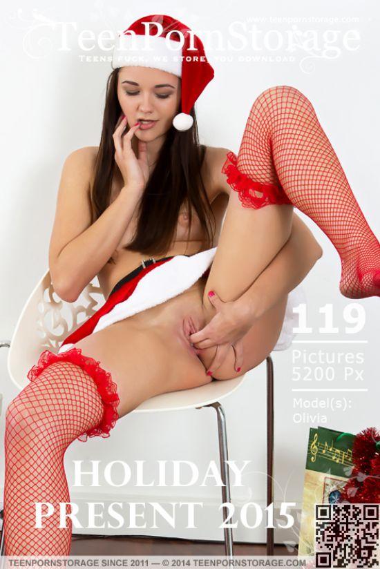 Olivia - Holiday Present 2015 (x119)