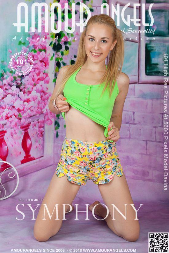Davina - Symphony   (27 Feb, 2019)