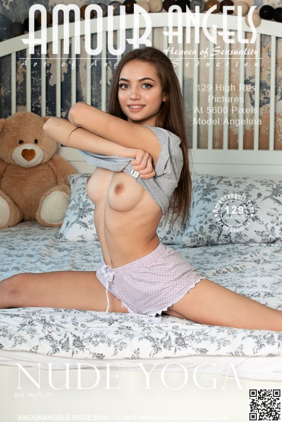 Angelina – Nude Yoga Hi-Res Photoset (2019-07-11)