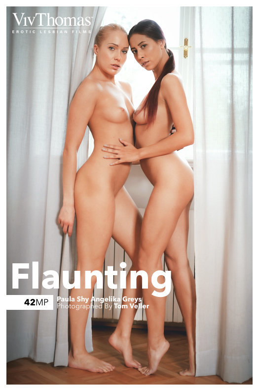 Angelika Greys & Paula Shy - Flaunting 2019-08-13