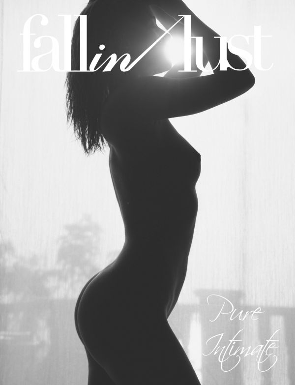 2015-07-21 Gabriela - Play Intimate (x34) 2670x4000